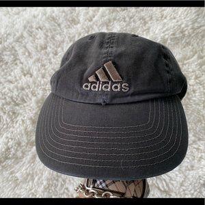 🌻adidas black 100% cotton baseball cap